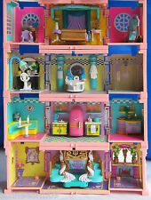 Mini Polly Pocket Puppenhaus Stapelvilla 4 Zimmer Pavillon Pool Dach Figuren.