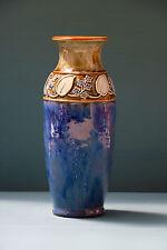 Doulton Lambeth vase (100247)