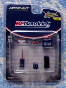 BFGoodrich SHOP TOOL ACCESSORIES GREENLIGHT #16080-B PLASTIC SCALE 1/64 NEW