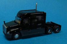 Trainworx (N-Scale) 42531 Freightliner Cascadia Mid Roof Tractor * Black - NIB