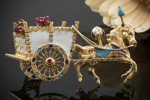 Schmuck Brosche Nadel Kutsche mit Pferd Rubine Lack in 750er Gelbgold 18 Karat