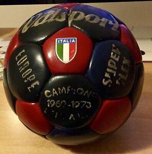 Vecchio pallone da calcio vintage cuoio della Valsport Campione Italia 1969/70