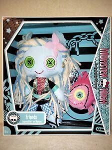 Monster High Lagoona Blue & Neptunia - Plush Dolls 2010 BNIB. MINT FOR DISPLAY!