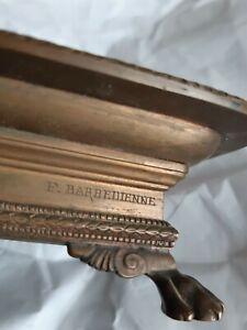 Encrier en bronze à décor antique, signé F. Barbedienne (1810-1892)