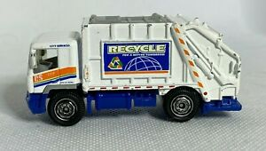 Matchbox 2008 Garbage Truck Recycle