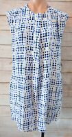 Marcs Dress Size 10 Medium Blue White Black Shift Dress