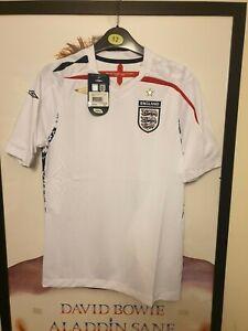 England 2007 -2009 Short Sleeve Home Shirt by Umbro  - BNWT - Large Boys