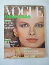 Magazine mode fashion VOGUE US june 1977