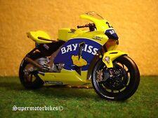 1:22 Honda RC211V T.Bayliss 12 C.... 2005 / 00136