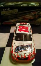 2009 Kyle Busch Autographed #18 Snickers 1/24