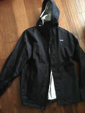 Women's Black Hooded Patagonia Rain Jacket XL EUC