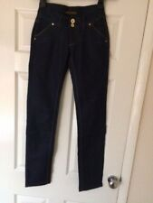 BNWT S Ladies Jeans Size 6 (W25)