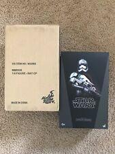 Hot Toys Star Wars TFA Captain Phasma 1:6 Scale Figure MMS328