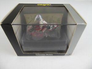 CARL FOGARTY DUCATI 916SP 1997 RIDER & BIKE - ONYX XM060