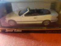 Maisto BMW 325i Convertible 1993 | 1:18 Special Edition | Die Cast Replica