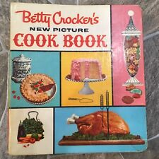 BETTY CROCKER'S New Picture COOK BOOK Hard Cover 5 RING BINDER Vintage 1961