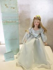 1984 AVON Fairy Tale Cinderella Porcelain Doll Collection w/Box