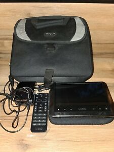 "Vizio vmb070 7"" LED LCD Portable TV with Case"