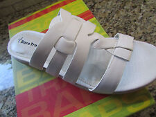 NEW BARE TRAPS WHITE SLIDE SANDALS WOMENS 8W STYLE: ANABELLE LEATHER FREE SHIP