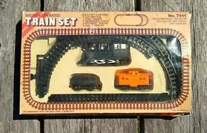 Train Set #7411 Battery Operated Vintage Set in Box Locomotive, Coach; Tracks