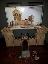 Schleich 2004 Ritterburg Medieval Knights Castle w/box 14 Figures Knights Horses