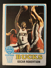 1973 Topps #70 Oscar Robertson Milwaukee Bucks HOF