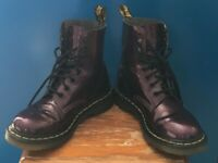 DR MARTENS PASCAL WOMENS PATENT LEATHER PURPLE BOOTS uk4