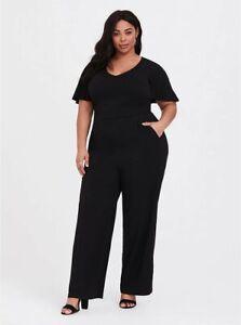 Torrid Jumpsuit Challis Wide Leg Pockets Key Hole Pockets Plus Size 2 18 / 20
