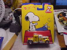 Hot Wheels Peanuts Convoy Custom with Real Riders