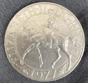 1952-1977 H.M.Queen Elizabeth II Silver Jubilee Nat West Crown.