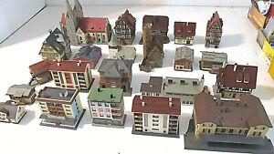 22 gemischte Gebäude für die Modellbahn in Spur N