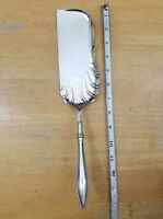 1847 ROGERS BROS ANTIQUE 1895! VESTA PATTERN SILVERPLATED CRUMBER /CRUMB KNIFE