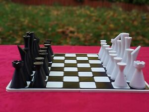 NEW Special Chess: Minimalist contemporary chess set + optional BOARD
