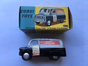 SCARCE C1960-62 NrMINT BOXED CORGI TOYS No421 BEDFORD 12cwt EVENING STANDARD VAN