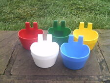 5 X GALLEY POT POULTRY AVAIRY FEEDER DRINKER COOP / D / CAGE CUP