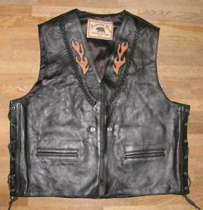 """ RUNNING BEAR "" Men's Lace-Up Leather Vest / Biker Vest IN Black Approx. 56/58"