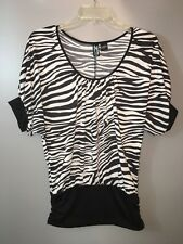 Short Sleeve Black & White Zebra Pattern Top Blouse Women Size L, Weavers