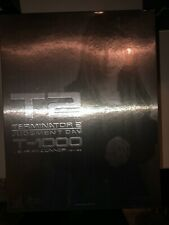 Hot Toys T2 Terminator 2 Judgment Day T1000 in Sarah Connor Disguise