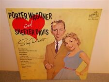 Porter Wagoner and Skeeter Davis . Sing Duets . LP