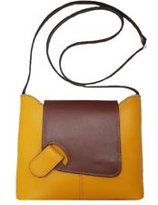 Leather messenger bag BC6927. 8 colors. Genuine leather. Made in Italy.