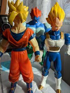 3 Grandes Figurines Dragon Ball Z Goku Végéta C-13 ab toys 1989