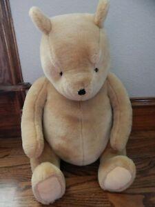 "GUND Disney Classic Winnie the Pooh Large 18"" Soft Bear Plush Animal Toy EUC"