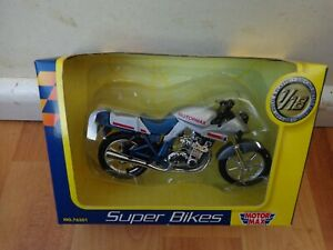1/18 MOTOR MAX CLASSIC SPECIAL SILVER/BLUE DIECAST BIKE MOTORCYCLE 76201