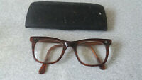 PAIR OF VINTAGE / RETRO PLASTIC  SPECTACLES- THICK FRAMES -