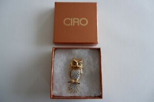 CIRO GOLD TONE CHARACTER BROOCH  - 'THE WISE OWL' - C1980'S, BOX, SUPER SIZE!