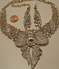 Necklace Large Bow Rhinestone Cluster Collar Celebrity Style Collector NWT L782