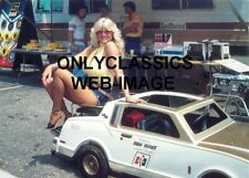 Sexy Linda Vaughn Pinup Cheesecake Hurst Oldsmobile Go Kart Indy 500 5X7 Photo