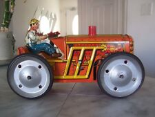 1950's MARX MAR TOYS Wind Up Tin Climbing Tractor With Key (USA)