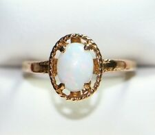 10K Yellow Gold BEAUTIFUL Oval Opal Solitaire Ring, 2 grams