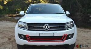 Neu VW Amarok Stoßstange Vorne Zentral Unten Gitter Bordüre Chrom 2HH853347 2Z